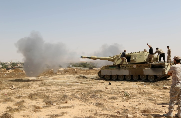 Les forces libyennes poussent l'EI dans ses derniers retranchements à Syrtre