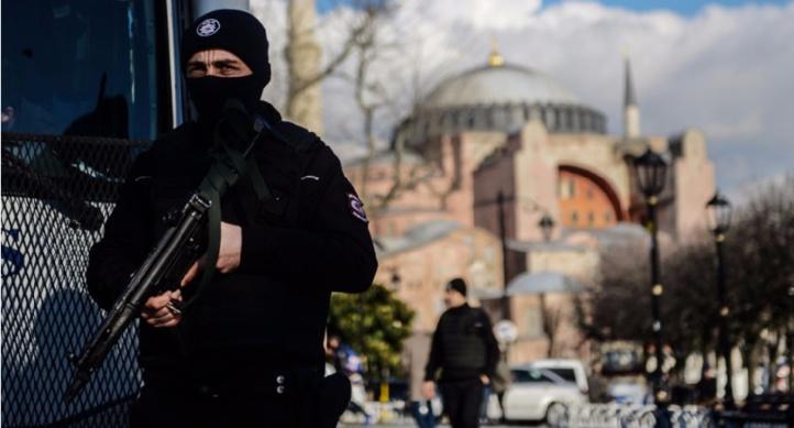 Vaste opération de la police financière en Turquie