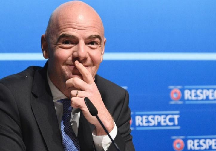 Le salaire annuel d'Infantino fixé à 1,38 million d'euros