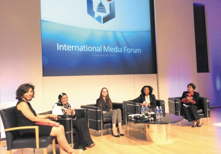 Rôle des médias dans les processus politiques aux Etats-Unis et au Maroc