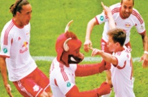"""""""Red Bull"""" Leipzig, le club de l'Est qui dérange"""