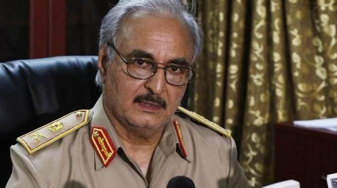 Le général Haftar prend le contrôle du pétrole en Libye