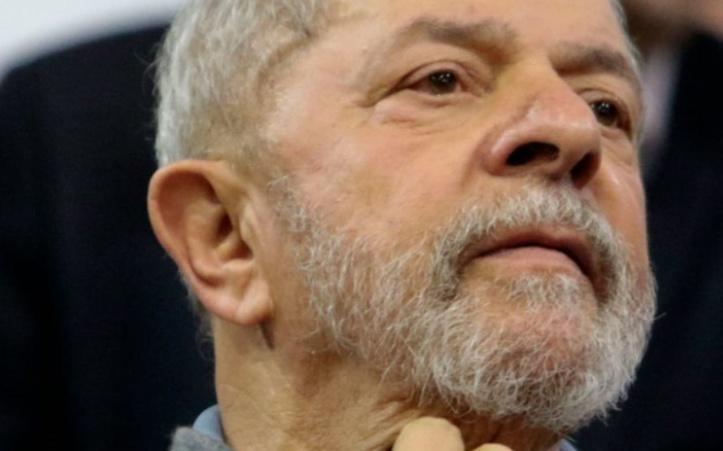 Lula accusé d'avoir été au centre du réseau de corruption dans le scandale Petrobras