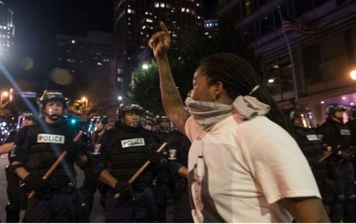 Deuxième nuit de violences à caractère racial à Charlotte