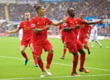 Liverpool voit rouge, Chelsea rebondit