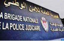 Agression à l'arme blanche de trois étrangers et d'un agent de police