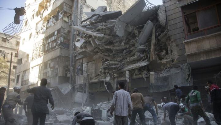 L'armée syrienne annonce une réduction de ses bombardements sur Alep