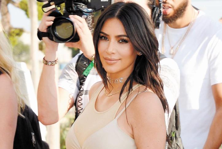 Kim Kardashian va perdre un million de dollars par mois
