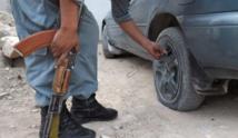 Face aux vols de voitures, les méthodes gonflées de la police de Kaboul