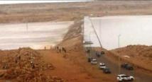 Oued Sakia El Hamra poursuit progressivement sa décrue