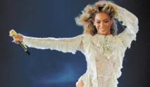 Beyoncé ravit la vedette lors des récompenses de la musique country