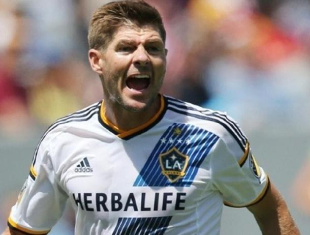 Bruce Arena : Gerrard n'est pas encore parti du LA Galaxy