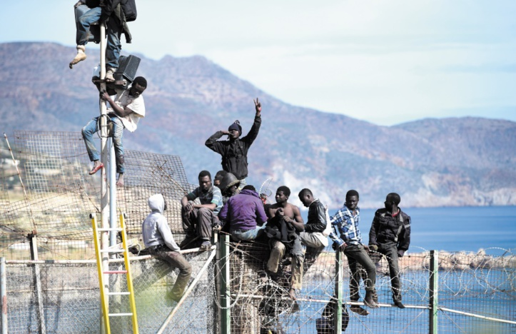 Forces de l'ordre marocaines et espagnoles sur le qui-vive