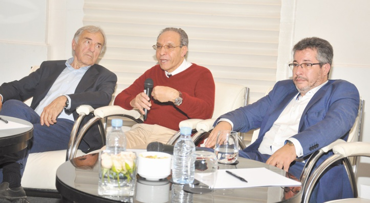 Mohammed Azzedine Abaakil, PDG de SADET, présentant le nouveau Business Model de la holding