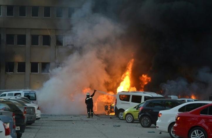 Un attentat à la voiture piégée fait 2 morts en Turquie