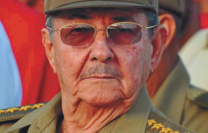 Raul Castro : Le petit frère désormais orphelin