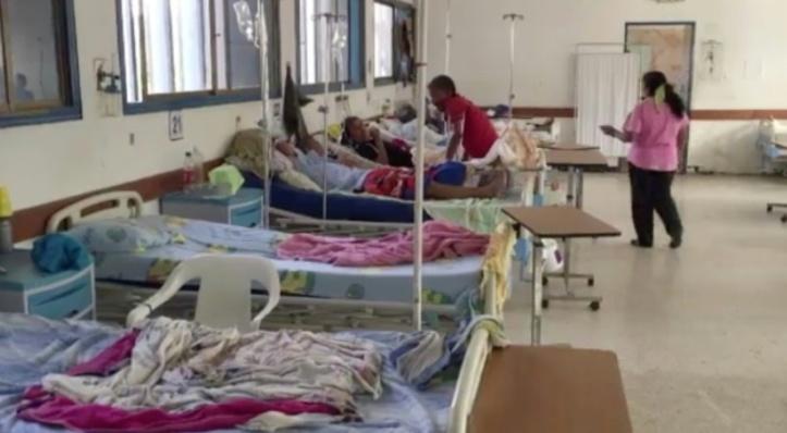 Au milieu des mouches, l'enfer des hôpitaux vénézuéliens