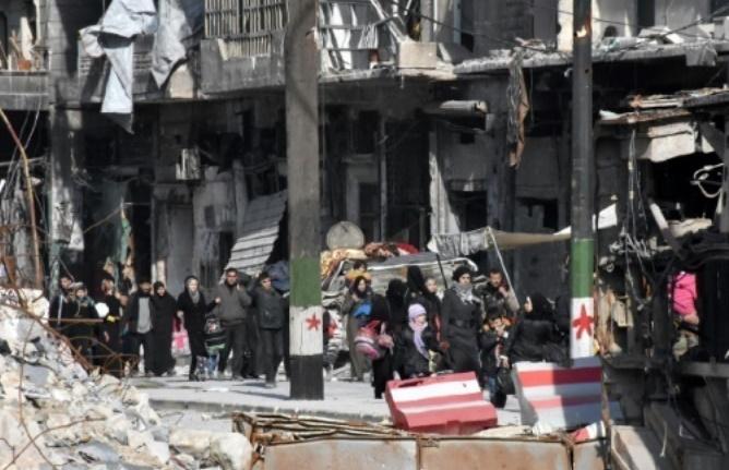 Violents bombardements des quartiers rebelles à Alep