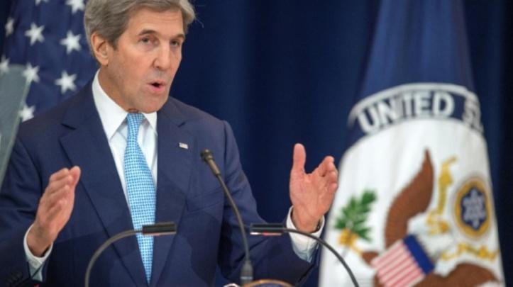 """Kerry défend la solution à deux Etats et Netanyahu dénonce un discours """"biaisé"""""""