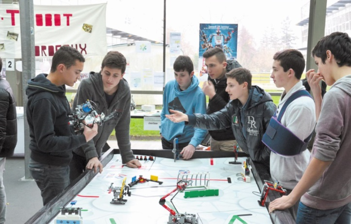 """Play Academy organise """"Challenge de la FIRST ® LEGO®"""" League à Rabat"""