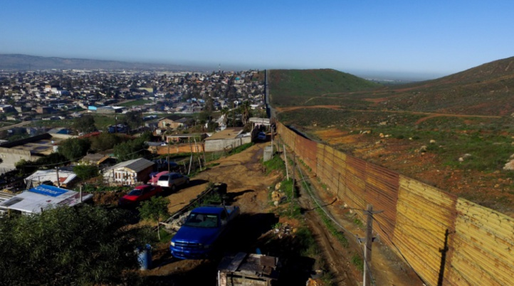 Le président mexicain annule sa visite à Washington en pleine tension sur le mur