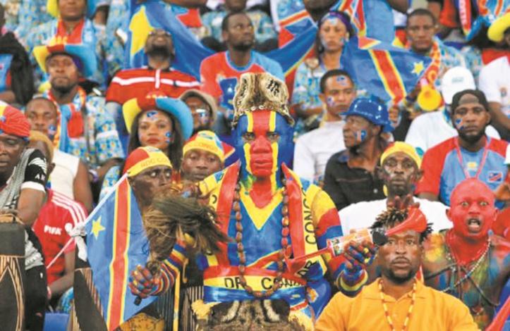 """Les supporters de la RD Congo, rois de """"la sape"""""""