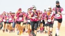 La résistance des aventurières mise à l'épreuve lors de la première étape de Sahraouiya