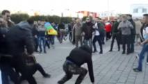 Des manifestants s'en prennent à une résidence de la police à Al-Hoceima