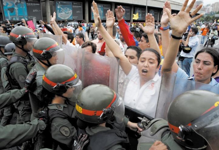 Maduro pour une nouvelle Constitution : L'opposition vénézuélienne appelle à la rébellion