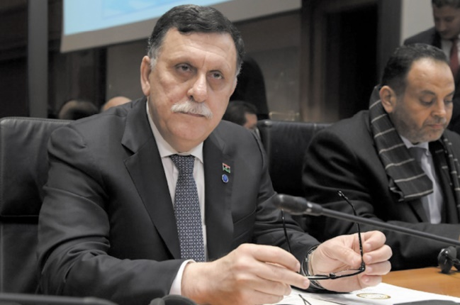 Rencontre entre les deux principaux protagonistes de la crise libyenne