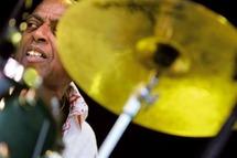 Le batteur de jazz Roy Haynes fait commandeur des Arts et Lettres