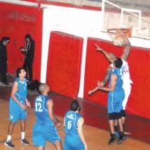 Les gros bras confirment au championnat de basketball
