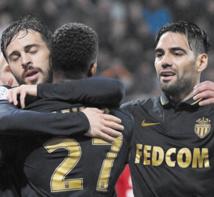 Monaco fond sur le titre