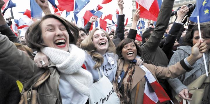 Le monde réagit favorablement à la victoire d'Emmanuel Macron