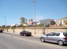 200 camionneurs en grève à Agadir : La cimenterie d'Anza en difficulté
