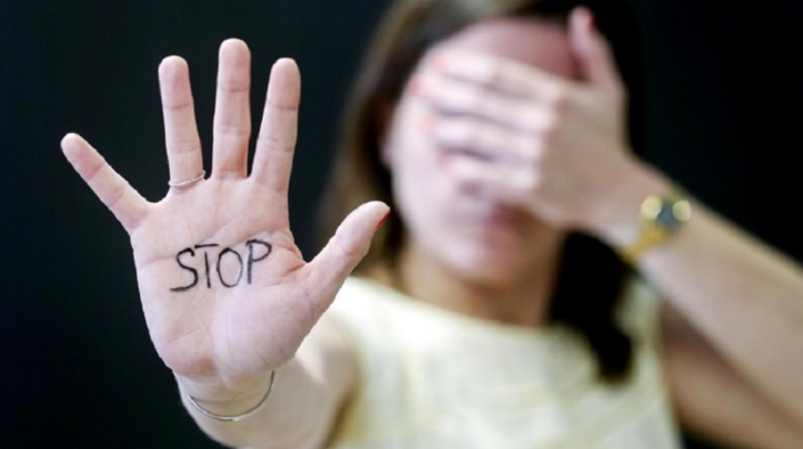 Briser l'omerta : Transparency et l'Association internationale des juges femmes déterminés   à lutter contre la sextorsion