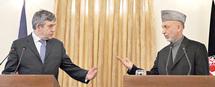 Brown pour une nouvelle stratégie en Afghanistan : Hamid Karzaï candidat à sa propre succession