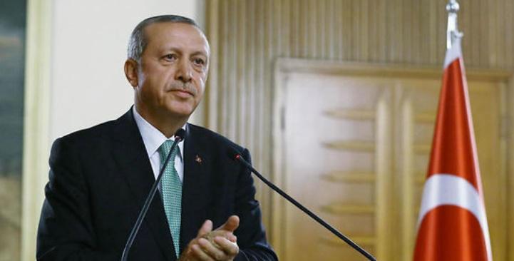 Mandats d'arrêt contre des responsables d'un journal de l'opposition en Turquie