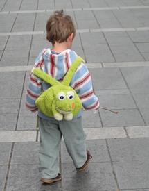 Aller à l'école à l'âge de 2 ans : mode ou nécessité?