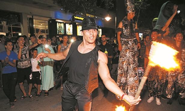 De la fête haute en couleur au Festival des arts de la rue de Fès