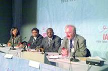 Allaitement maternel et VIH : Bientôt de nouvelles recommandations de l'OMS