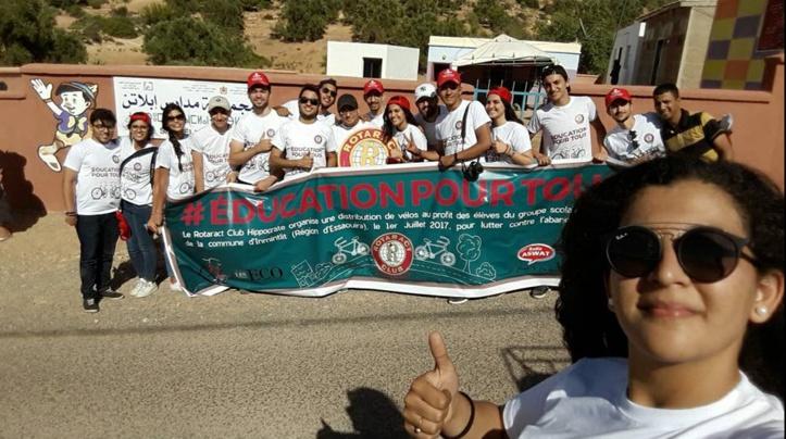 Le Rotaract Club Hippocrate fait don de 60 vélos   de collégiens d'Inmintlit
