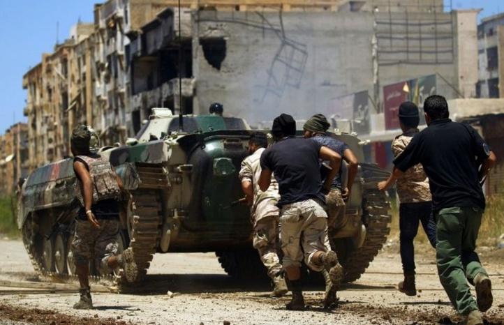 Le général Haftar proclame la victoire de ses forces à Benghazi