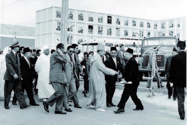 Vers l'Indépendance du Maroc : LES PRÉMISSES D'UN DIALOGUE DANS UN CONTEXTE TROUBLÉ  (Juin – Août 1955) : Les pourparlers d'Aix-les-Bains