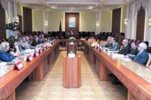 Le président de la Chambre des représentants reçoit une délégation de la Commission des affaires étrangères au Parlement européen