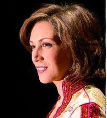 Lors d'une création musicale dirigée par l'Iranien Keyvan Chemirani : Samira Kadiri brille au Mans