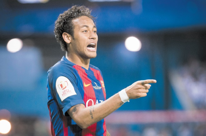 Paris ou Barcelone Pressions en tous genres autour de Neymar