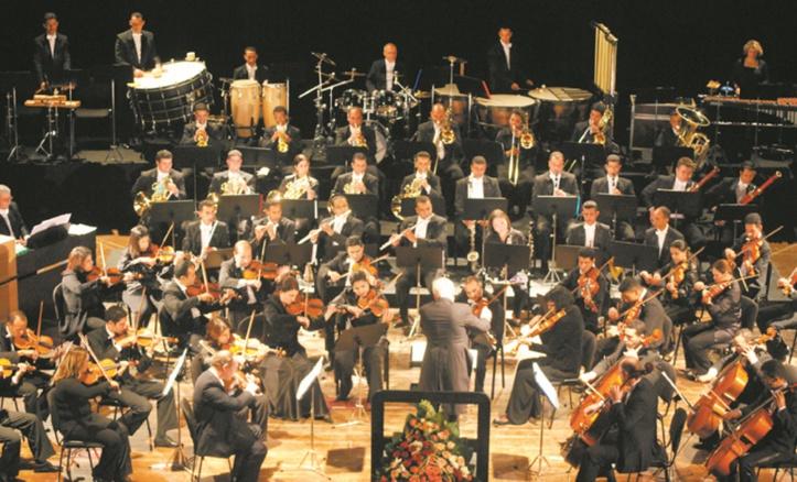 L'Orchestre Symphonique Royal gratifie le public de M'diq d'un florilège de sonorités jazz