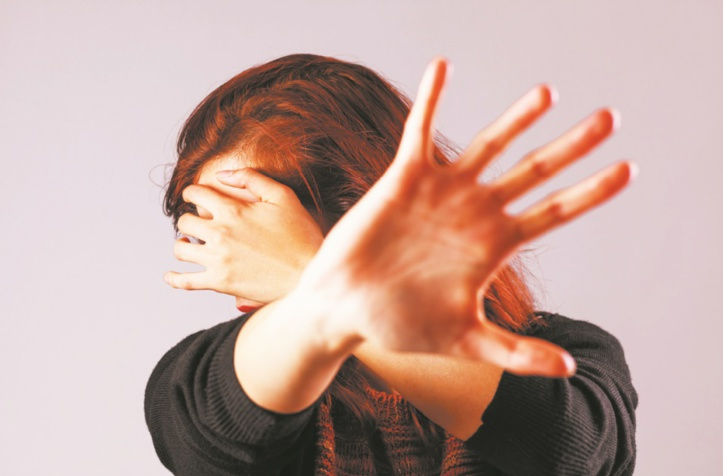 La violence au féminin pluriel : Les espaces publics sont-ils devenus des lieux peu sûrs et hostiles à la gent féminine ?