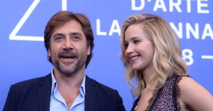 """Jennifer Lawrence, madone martyrisée dans """"Mother!"""""""